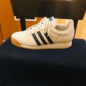 Adidas 😱